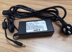 充电器 CD-92A